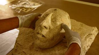 Legendás maja király szobrát találhatták meg Mexikóban