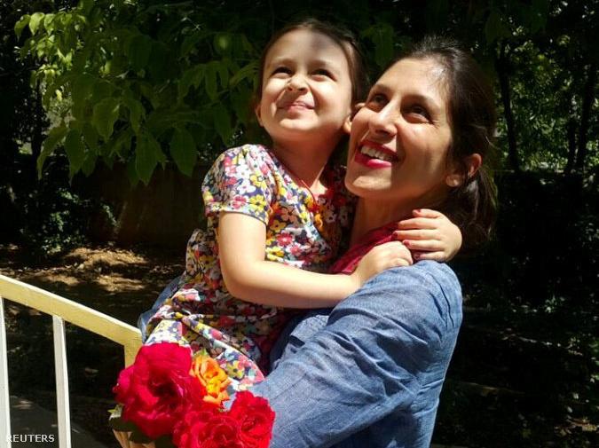 Nazanin Zaghari-Ratcliffe és kislánya