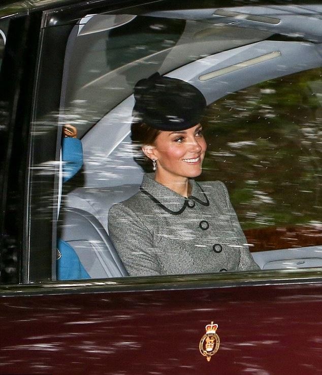 Katalin hercegné az elegáns szettjével most is elbűvölte a rajongókat.