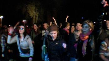 Több százan szeleteltek a választások éjszakáján
