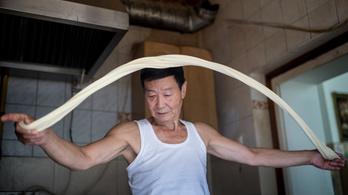 Az egyik legjobb hely a kínai negyedben: He He Büfé