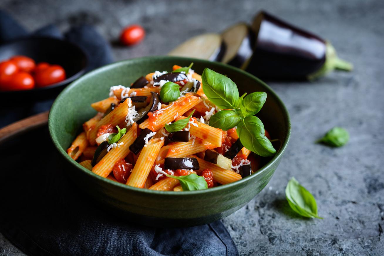 A legfinomabb paradicsomos-padlizsános tészta, avagy a pasta alla Norma eredeti receptje