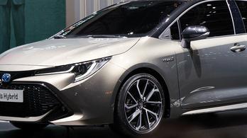 Váratlanul eltűnik a Toyota Auris