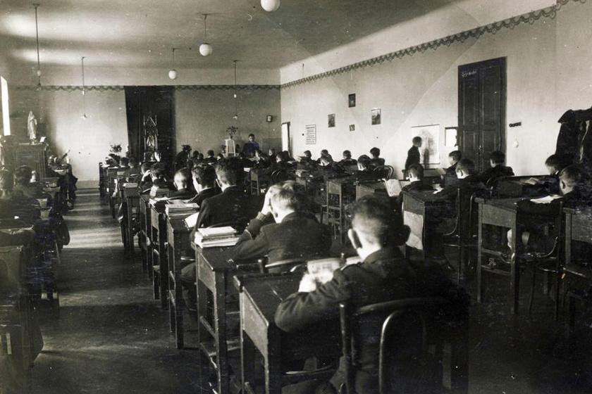 Ilyenek voltak az iskolák a 20. század elején: sokat változott a világ