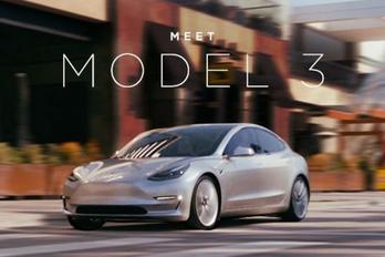 Akku-technológiát válthat a Tesla