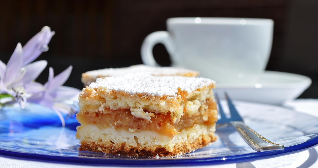 Szabolcsi almás pite jó vastag töltelékkel: ha ezt teszed a tésztába, még omlósabb lesz