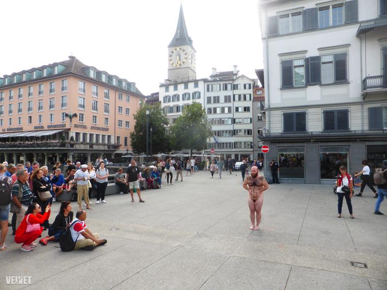Augusztus utolsó hétvégéje a Body and Freedom (Test és szabadság) nevű fesztivál hétvégéje volt Zürichben
