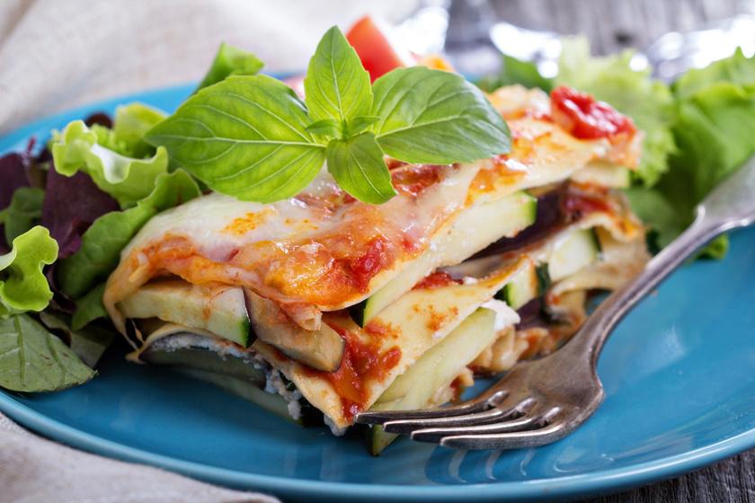 Szaftos, sajtos zöldséges lasagne: a legfinomabb hús nélküli rakott tészta