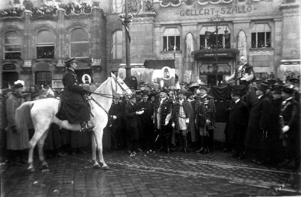 Horthy Miklós bevonulása Budapestre a Nemzeti Hadsereg élén, 1919. november 16.