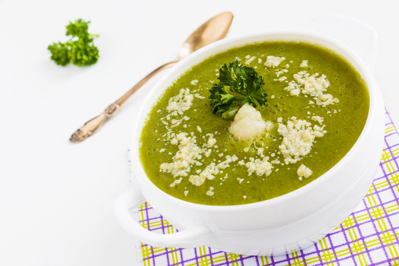 Sűrű karfiolos zöldségkrémleves: gyors és egyszerű recept