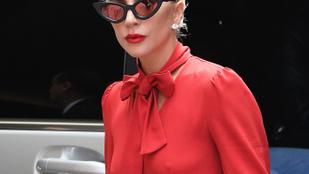 Lady Gaga szerint ez alá a ruha alá nem kell melltartó