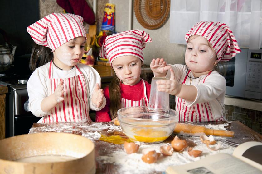 Szakácskönyvet írtak a gyerekek: ennél cukibb recepteket még nem olvastunk