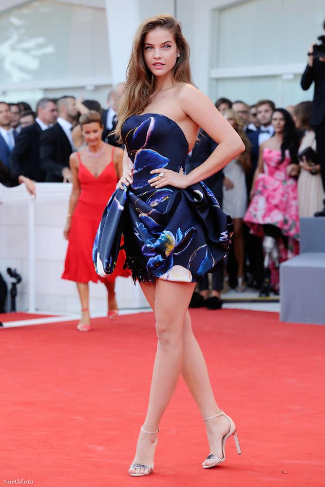 hogy még egy ilyen híresen szép nőnél is rengeteget számít, hogy milyen pózban fotóztatja a lábait