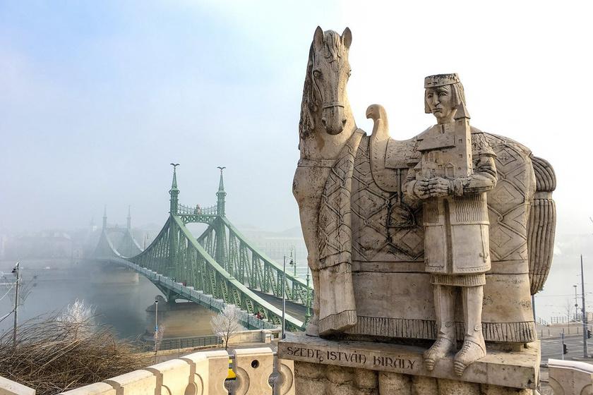 tél budapest program