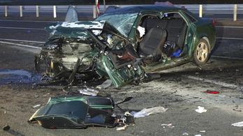 Hárman haltak meg egy balesetben Ceglédnél