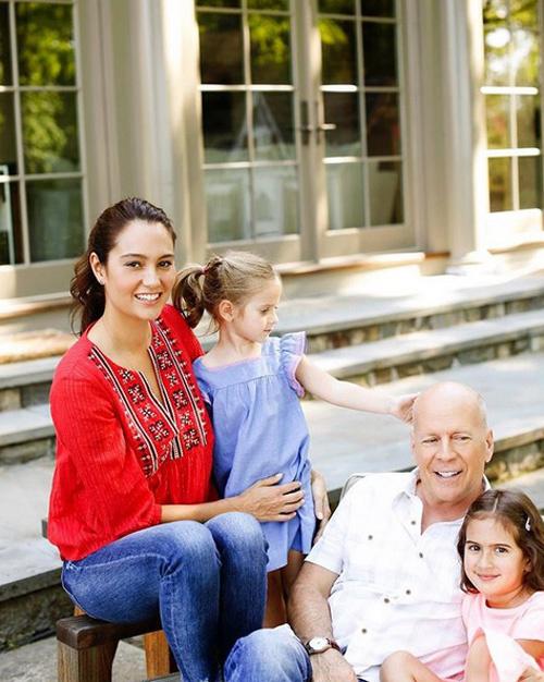57 évesen lett újra kisgyerekes édesapa a sztár.