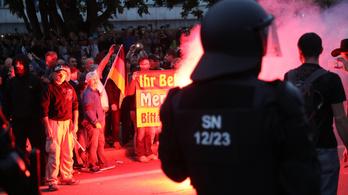 Egy börtönőr szivárogtatta ki a dokumentumot, ami alapján hajtóvadászat tört ki Chemnitzben