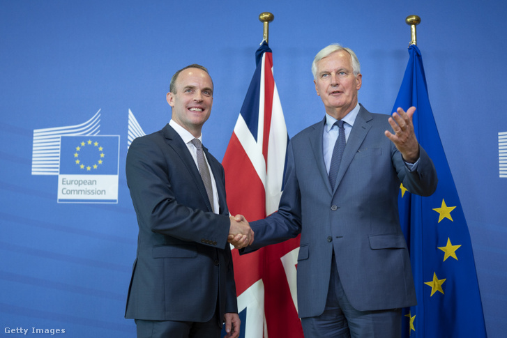 Dominic Raab és Michel Barnier
