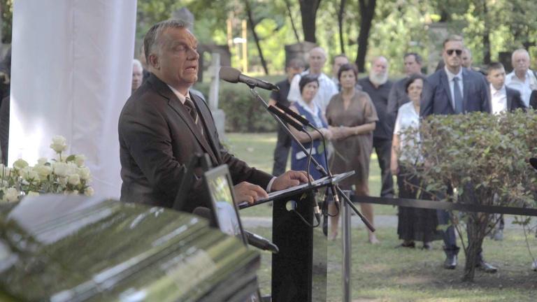 El-elcsukló hangon búcsúztatta Kerényi Imrét Orbán Viktor