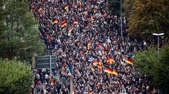 Újabb tüntetések kezdődtek a németországi Chemnitzben