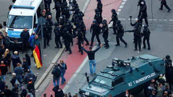 Többen megsérültek a tegnap esti chemnitzi tüntetéseken