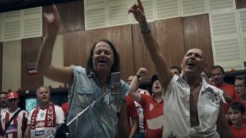 ÓÓÓ Sepsi ÓÓÓ: Pataky Attila énekelte fel a Sepsi OSK csapathimnuszát