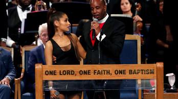 Bocsánatot kért a pap, aki letaperolta Ariana Grandét