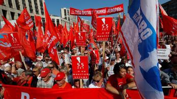 Hiába enyhített Putyin, ezrek tüntettek a nyugdíjreformja ellen