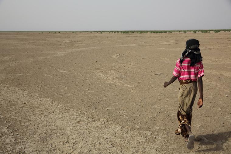 Vagyis a világban sok gyerek naponta kockáztatja az életét, hogy eljusson az iskolába