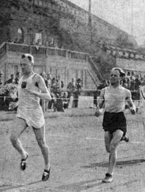 """""""A híres magyar hosszútávfutók versenyben: Szabó és Iglói."""""""