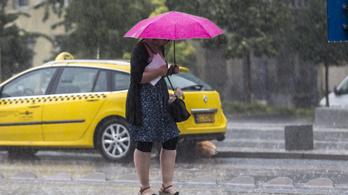 Pár nap alatt egyhavi átlagnak megfelelő eső zúdul a nyakunkba.