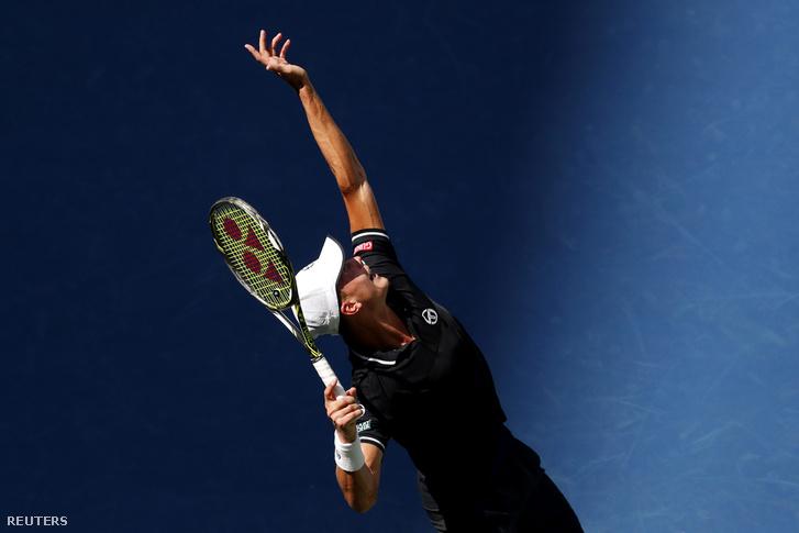 Fucsovics Márton a szerb Novak Djokovic ellen játszik a US Openen 2018. augusztus 28-án.