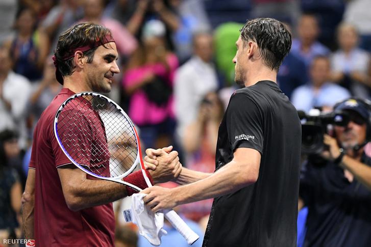 Roger Federer és John Millman