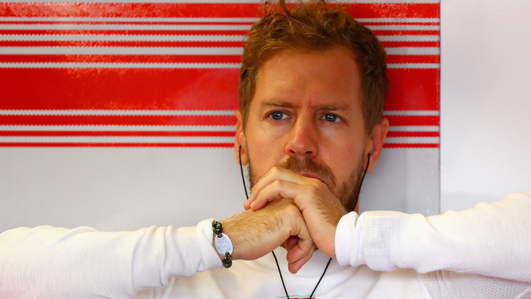 Vettel megtörni látszik a nyomás alatt?
