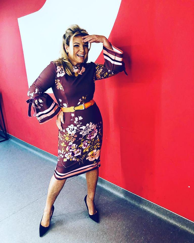 Liptai Claudia nagyon dögös ebben a vidám, testhez álló ruhában, melyben a hozzászólók szerint karcsúbb, mint pár hónapja volt.