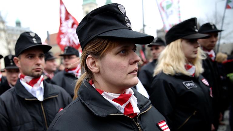 Egyre több nő vonzódik a jobboldali pártokhoz