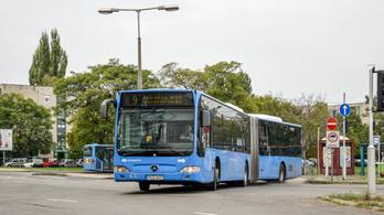 Senkinek nem kellettek, a BKV megvette a leselejtezett csuklós buszokat