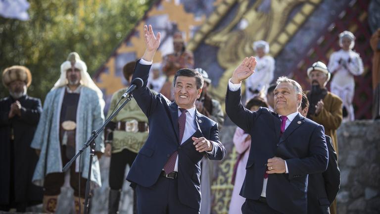 Türk rokonokkal építi Orbán az új világrendet