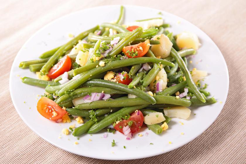 Karcsúsító, paradicsomos zöldbabsaláta: ezzel könnyű a fogyókúra