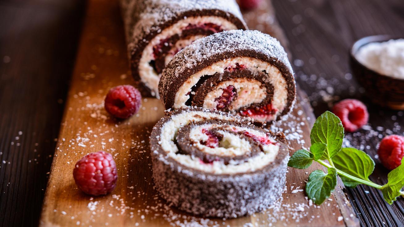 Isteni kókusztekercs mirelit gyümölccsel: a gyerekkori édesség diétás változata