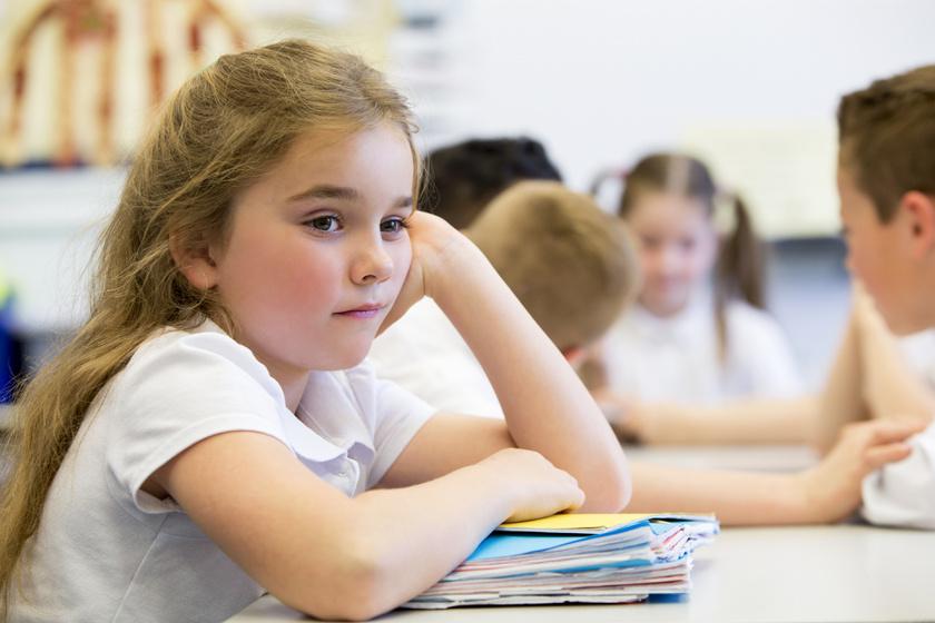 Nem buta a gyerek, csak tanulási nehézséggel küzd - Jelek, amikre fel kell figyelni