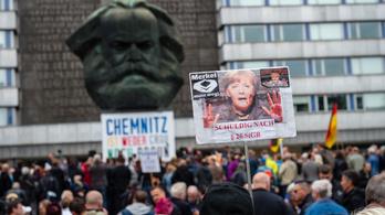 Spiegel: Németországról hamis képet gyárt a magyar fake news média