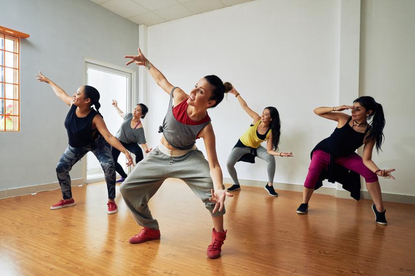 Durván sok kalóriát égetnek el: ez a 10 tánc a legjobb a fogyáshoz