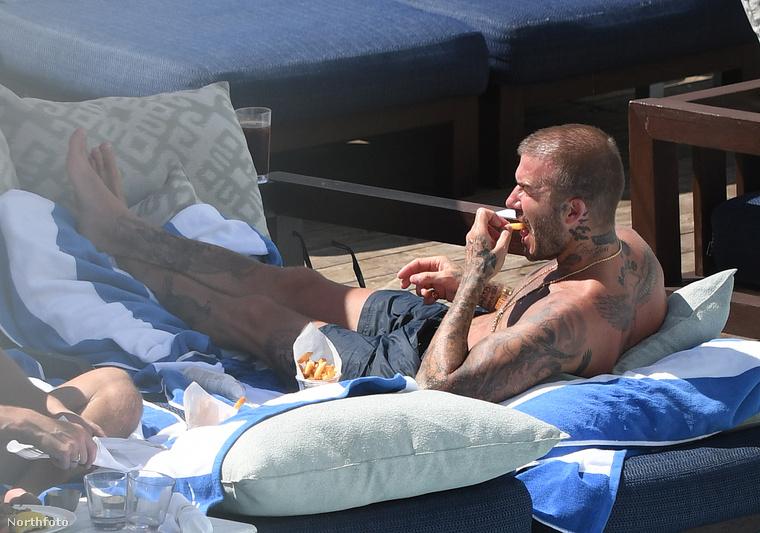 Így már az Inter Miami egyik tulajdonosát láthatjuk, amint hasábburgonyát eszik.