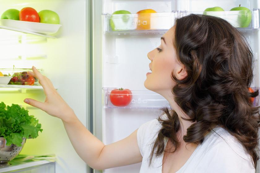 Hol a helye a tojásnak a hűtőben, hova való a hús? Tovább marad friss az étel, ha így tárolod