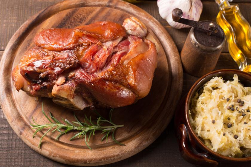 Ropogós, omlós, szaftos csülök: sörben sütve még finomabb