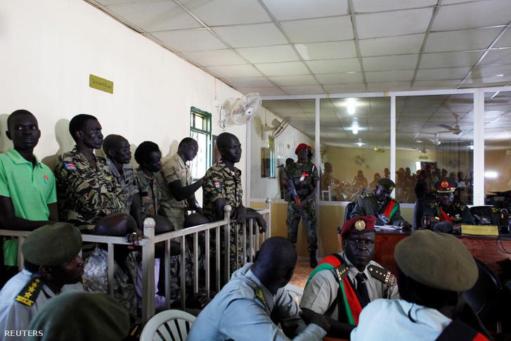 A dél-szudáni katonák a bíróság előtt