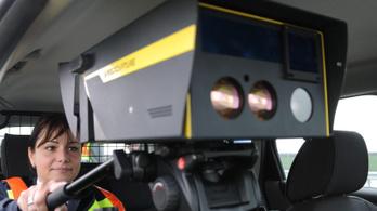 A rendőrök több rejtett eszközzel ellenőriznének a közutakon