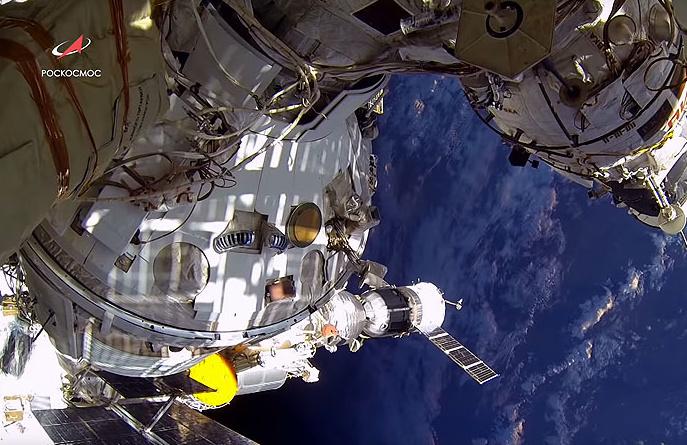 A Szojuz űrhajó a Nemzetközi Űrállomásról