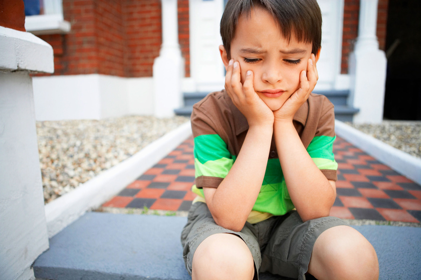 Ha szorong és fél az elsős gyerek: hogyan segíthet a szülő a pszichológus szerint?